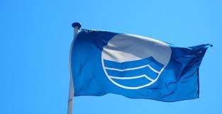 Ammainare bandiera blu!