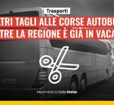 Trasporti, altri tagli alle corse autobus mentre la Regione è in vacanza